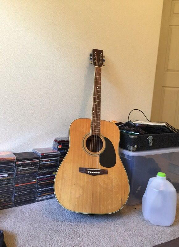 Acoustic Guitar Amazing Shape And Sound Musical Instruments In