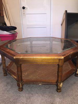 Octagonal Coffee table for Sale in Earlysville, VA