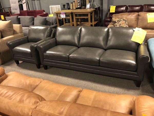 100% Italian Leather Sofa/Chair/Ottoman Combo for Sale in Nashville, TN -  OfferUp