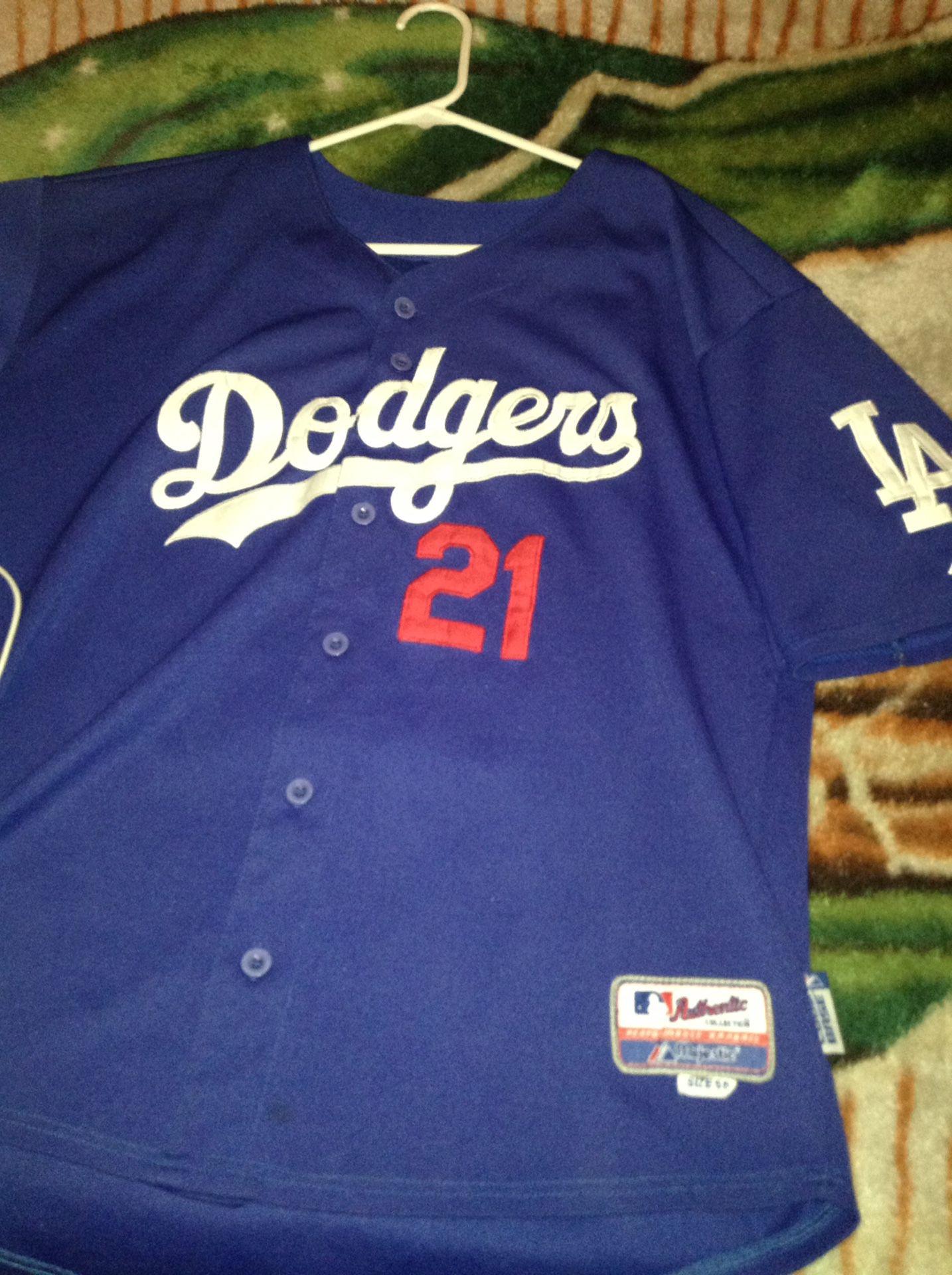 Dodgers jersey M