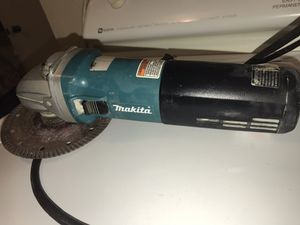 MAKITA ANGLE GRINDER for Sale in Silver Spring, MD
