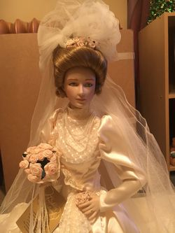 Gibson Girl Porcelain Bride Doll Thumbnail