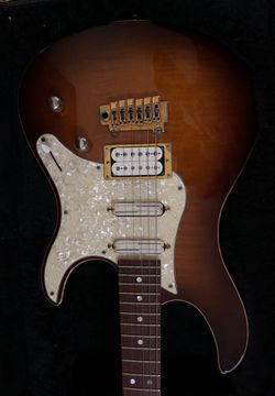 Yamaha Pacifica California custom guitar Thumbnail