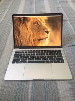 "2017 MacBook Pro 13"" Retina Screen Thumbnail"