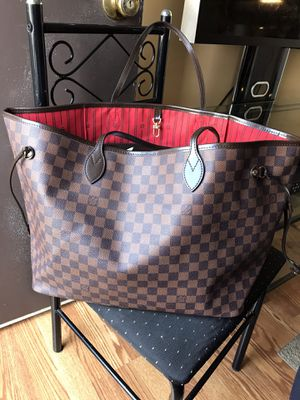 Louis Vuitton damier neverfull large for Sale in Sterling, VA