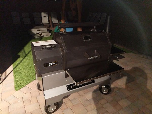 Yoder YS640 Pellet Smoker on Competition Cart Grill BBQ for Sale in Mesa,  AZ - OfferUp