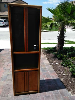 FREE China Cabinet for Sale in Davenport, FL