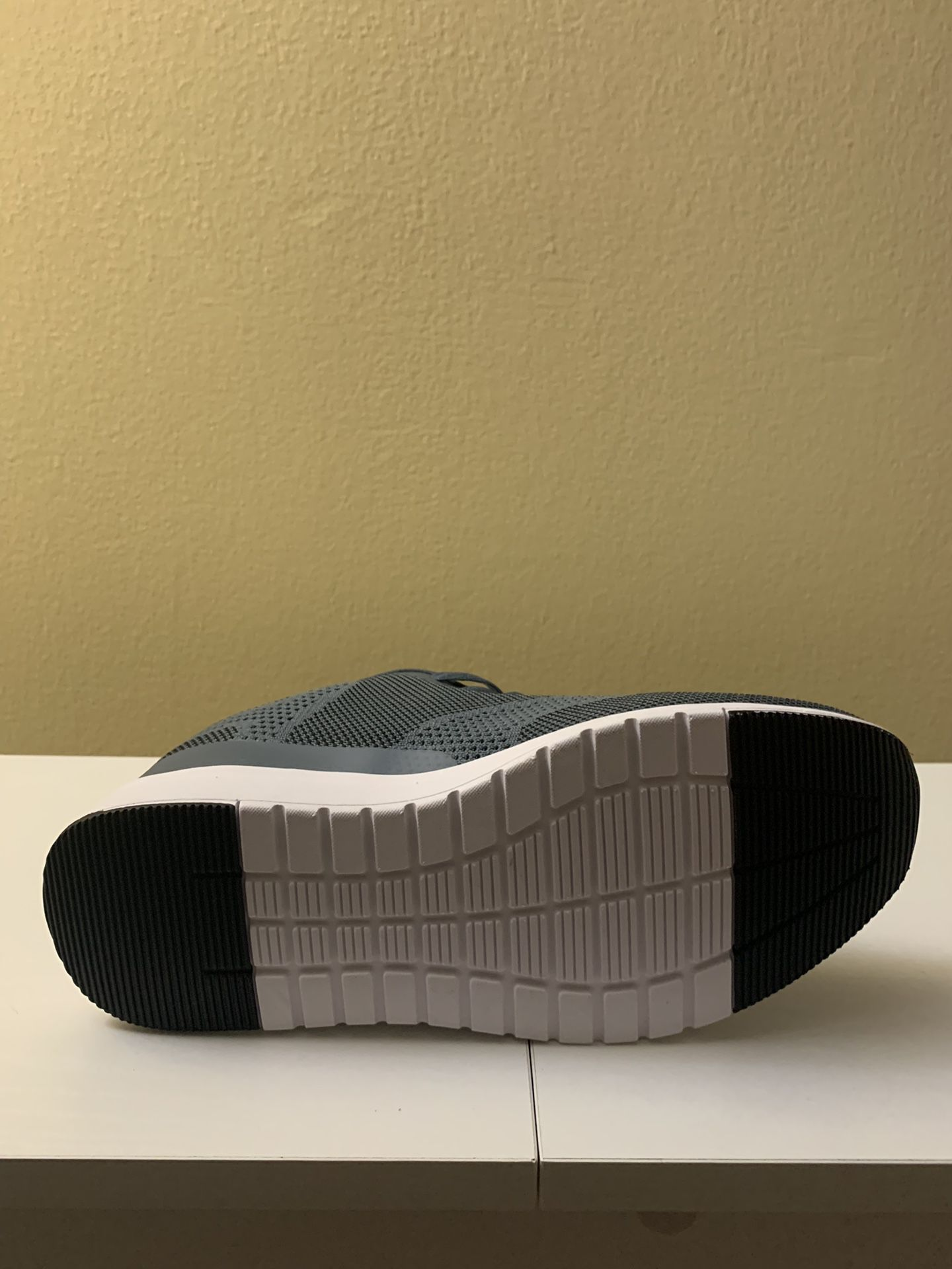 Acis Sport Size 10