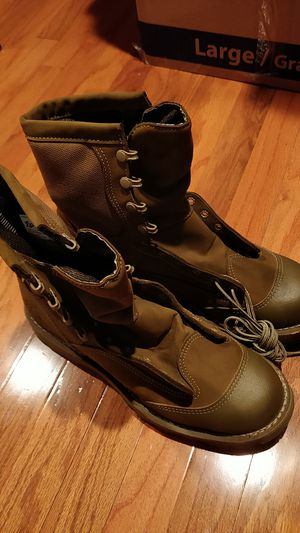 High quality brand new USMC boots. Mens 10.5. Never worn! for Sale in Herndon, VA