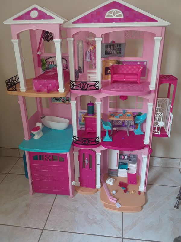 4' tall Barbie doll house w/ car garage for Sale in San Jose, CA - OfferUp