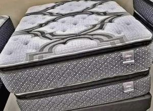 Photo High End MATTRESS Brand NEW and in Factory Plastic
