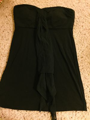 BCBG little black dress size 6 for Sale in NO POTOMAC, MD