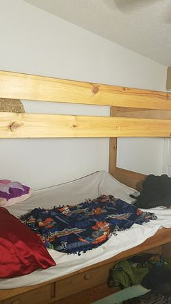 Full over full with trundle bunk bed Thumbnail