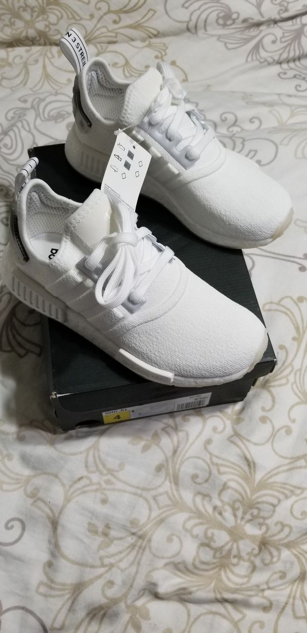 Adidas Nmd R1 Triple White 2 Mens 4 Womans 6 For Sale In Escondido