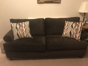 Brown fabric pull out bed sofa for Sale in Germantown, MD