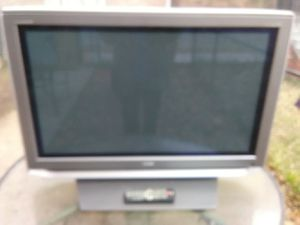 Toshiba 42 inch Plasma TV with remote control for Sale in Washington, DC