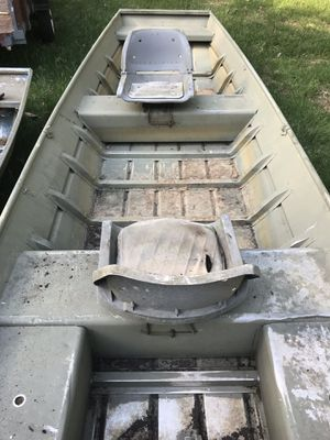 Evinrude 4 hp boat motor and 16' John Boat for Sale in The Plains, VA