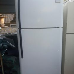Top And Bottom Refrigerator Thumbnail