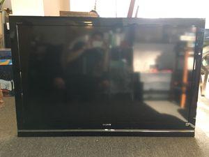 """52"""" Sony Bravia HD TV w/ Tilting Wall Mount for Sale in Seattle, WA"""