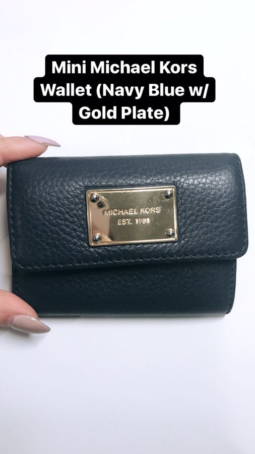 2753bb8712d9e9 Mini Michael Kors Wallet in Navy Blue for Sale in Los Angeles, CA ...