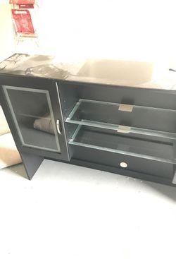 Nice desk forsale Thumbnail