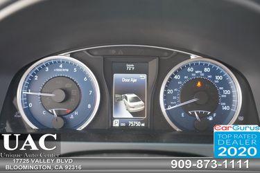2017 Toyota Camry Thumbnail