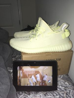 Vnds butters $200 $200 $200 SiZe 8.5 for Sale in Aldie, VA