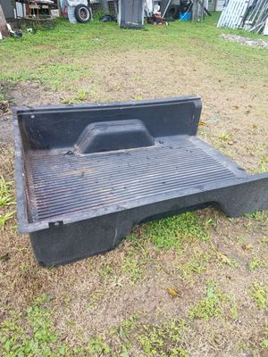 Caja de plastico para camioneta for Sale in Austin, TX