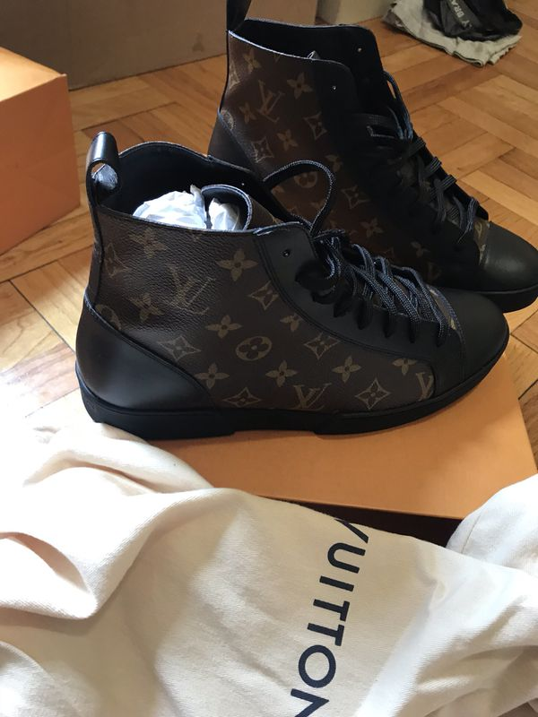 bb818b930f05 MEN AUTHENTIC LOUIS VUITTON MATCH-UP SNEAKER BOOT for Sale in ...