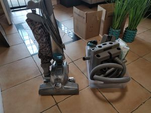 Photo Kirby sentria 2 with all attachments