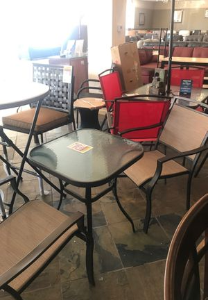 Photo Patio Table with 2 Chairs