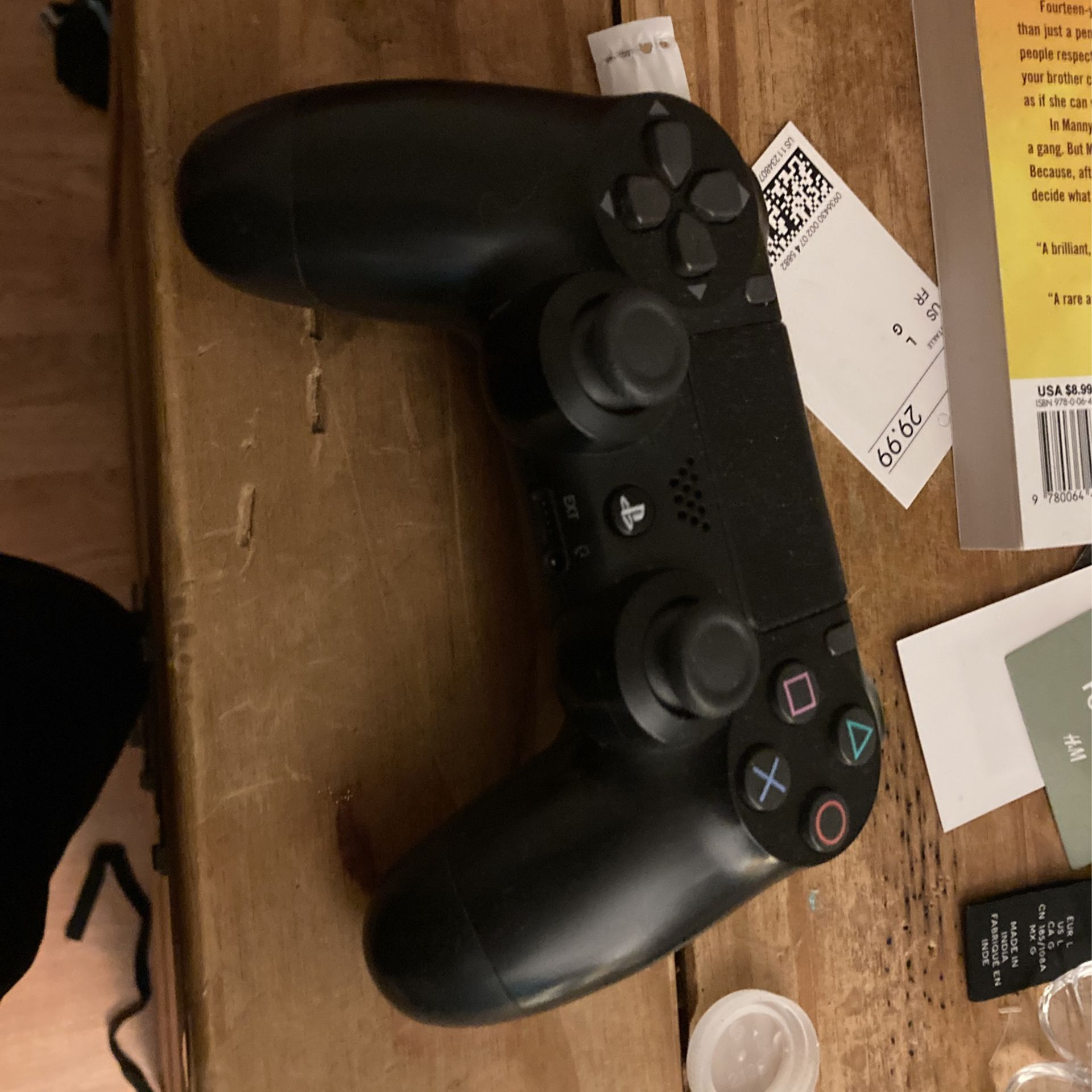 PS4 Controller.  For Proof It Stills Work Add Me On Snapchat And U Will See Videos Of The Controller In Action