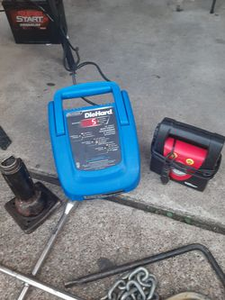 Die hard plug in battery charger a inflator jack haul chain 4 lug and single lug tire Thumbnail