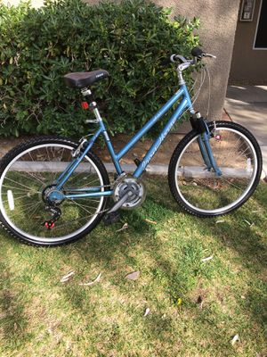 Photo 26 inch iron horse trail or just cruising the neighborhood bike. Great condition. Ready to ride.