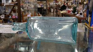 Dr. Pierce's Golden Medical Discovery bottle circa 1890-1900 for Sale in Gaithersburg, MD