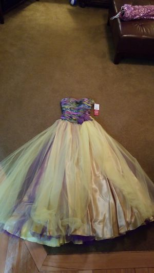 Prom dress for Sale in Seattle, WA