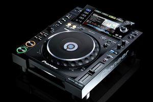 Pioneer cdj2000 for Sale in Tampa, FL