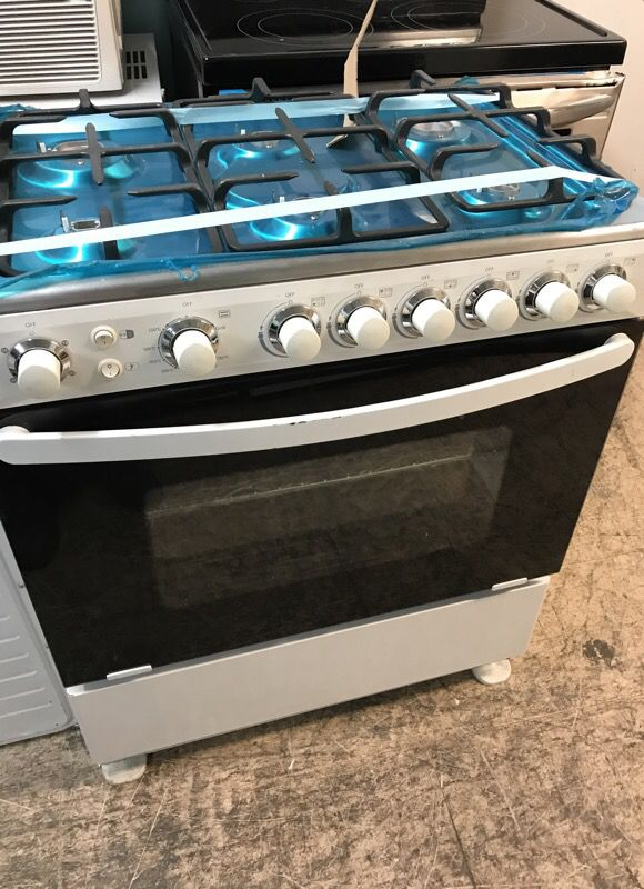 30 Inches Gas Stove White 6 Burner For Sale In Bronx Ny