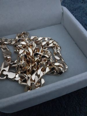 Photo Italian Gold chain 20 in Box . Brand new . Gold filed .