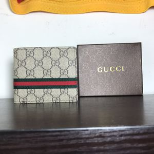 Gucci wallet for Sale in Fairfax, VA