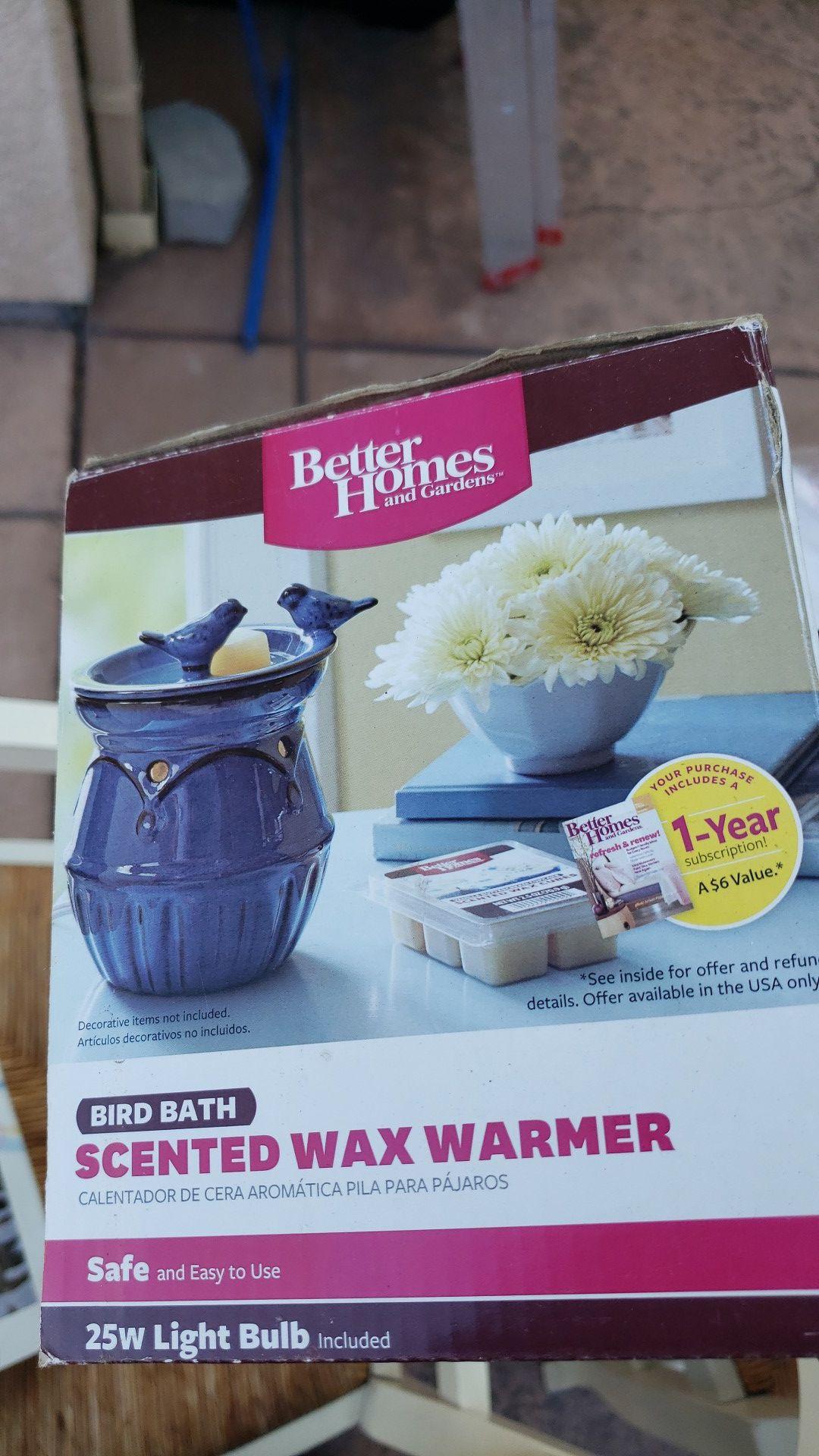 Bird bath wax warmer