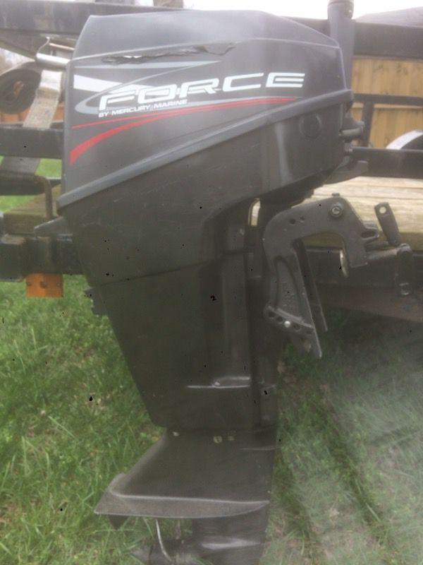 15 hp mercury force outboard motor for Sale in Felton, DE - OfferUp