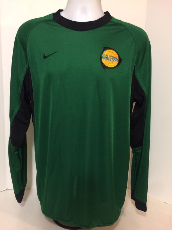 b6db6efabeb LA Los Angeles Galaxy Nike Vintage L S Green Goalie Soccer Jersey L Rare MLS  for Sale in Signal Hill