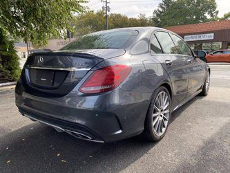 2016 Mercedes-Benz C-Class Thumbnail