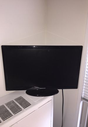 Samsung 19' TV for Sale in Chevy Chase, DC