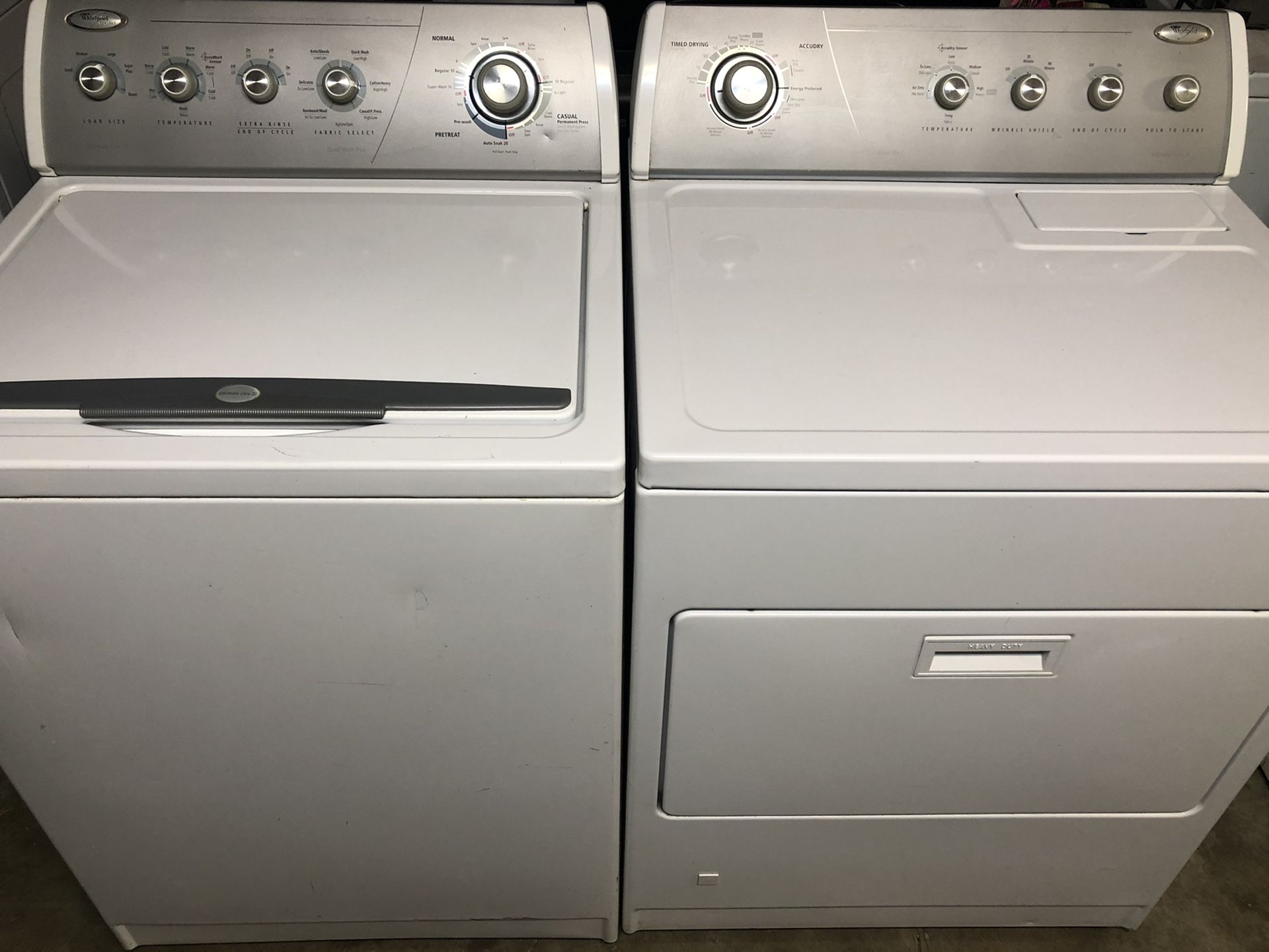 Whirlpool washer and gas dryer both work great