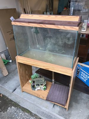 29g fish tank with stand for Sale in Seattle, WA