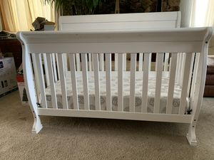 Photo Baby Crib/ w mattress