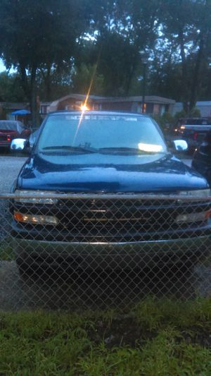 2000 Chevy Silverado 4X4 for Sale in Waldorf, MD