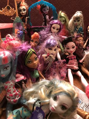 18 Monster High Dolls, good condition, dolls only for Sale in Silver Spring, MD